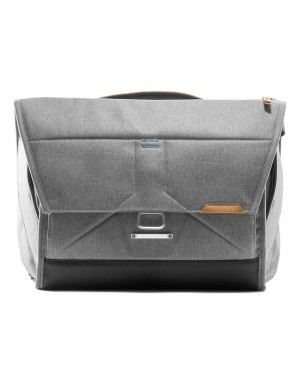 FOTO HITS Zwei-Jahres-Abo DIGITAL + Peak Design Everyday Messenger Bag